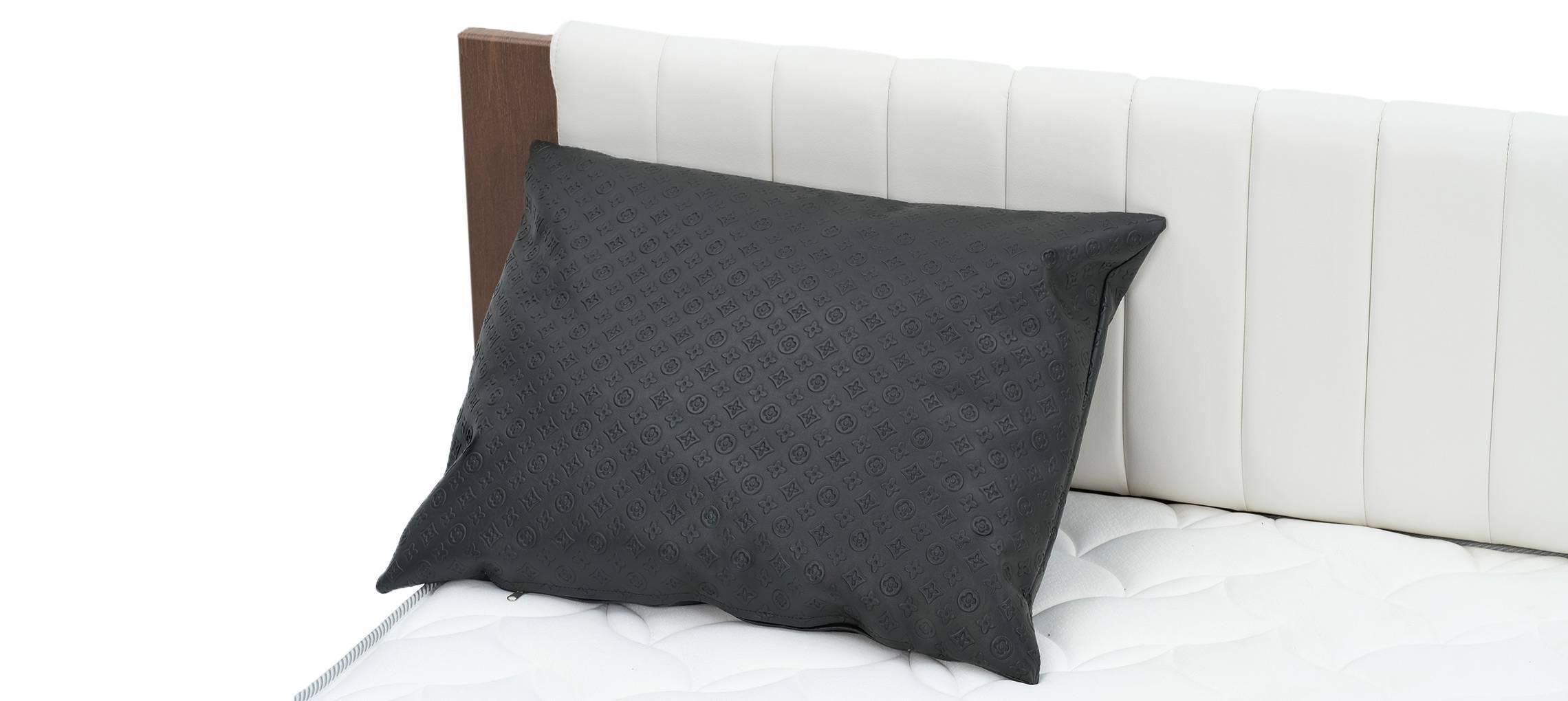 Подушка Льюи